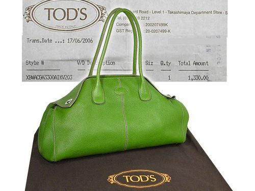 ALMOST NEW ! Tods Signauture 'Girelli' East/West Bag in Apple Green Calf Leather Small Shoulder Bag-0
