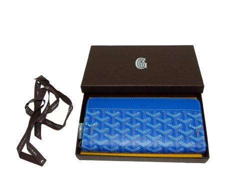 Goyard Blue Calf with Signature Logo Matignon APM Zip GM Passport / Long Wallet-0