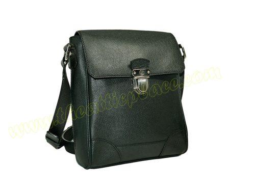 Louis Vuitton M31192 Taiga Leather Ardoise Luka Messenger-0