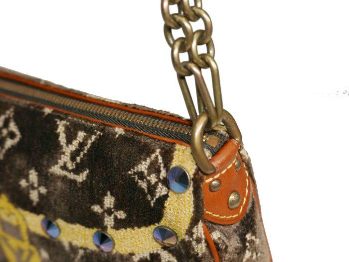 Limited Collection ! Louis Vuitton Monogram Pattern Terrycloth Velvet Trompe L'Oeil Pochette -32292