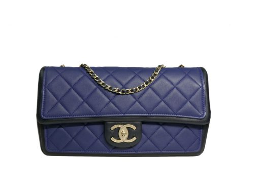Chanel 14P 19091386 Blue/ Black Two-Tone Calfskin Medium Flap Bag in Gold Hardware-0