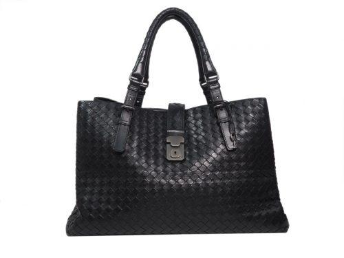 Bottega Veneta Roma Medium Model Handbag in Black Intrecciato Leather-0