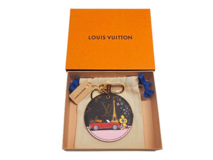 Christmas Limited Collection! Louis Vuitton M68651 Vivienne Xmas Bag Charm and Key Holder -Paris Design-38416